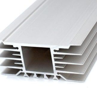 Kühlkörper Aluprofil SVETOCH STRADA mit breiter Installationsfläche für LED Module zur LED Beleuchtung in Industrie, Gewerbe, Hallen in Indoor und Outdoor