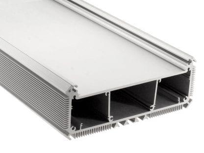 LED Aluminiumprofil SVETOCH NEW für industrielle LED Beleuchtung mit großer Fläche für Montage von leistungsstarken LED Modulen
