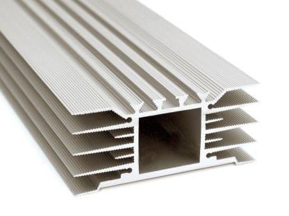 Kühlkörper Aluminiumprofil SVETOCH STRADA für LED Beleuchtung in Industrie, Gewerbe, Hallen in Indoor und Outdoor