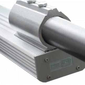 Anwendungsbeispiel SVETOCH CONSOLE Rohr-Befestigung für Industrie-LED-Leuchten.