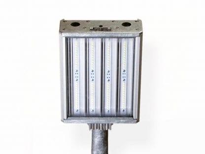 Anwendungsbeispiel eine LED-Leuchte an einem Rohr befestigt aus den LED-Komponenten der Serie SVETOCH SVETOCH