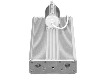 LED-Leuchte aus Alu-Komponenten der Serie SVETOCH für viel Wärmeableitung und Rohrbefestigung