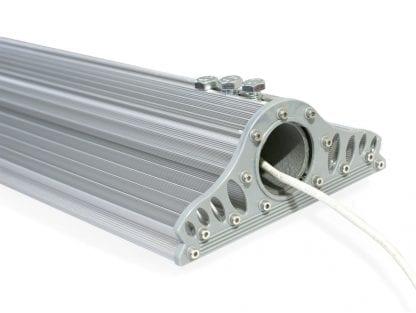 Anwendungsbeispiel LED Leuchte für Rohrbefestigung aus Kühlkörper Aluminiumprofil SVETOCH MAGISTRAL