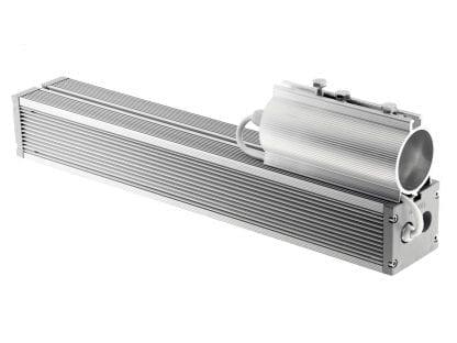 Endkappe mit Beispiel-Verkabelung durch PG7 an LED-Leuchte