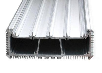 LED-Kühlkörper Aluminiumprofil SVETOCH SVETOCH mit Kühlrippen für Wärmeableitung und Führungsschienen für LED-Streifen, Treiber und Schutzscheibe