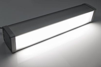 Anwendungsbeispiel LED- Büro- und Flur-Leuchte aus Komponenten der Serie SVETOCH LINE